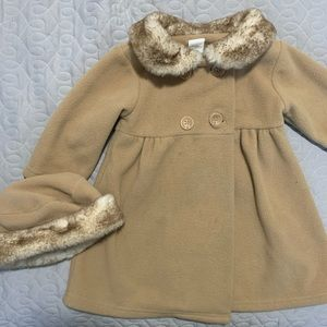 Baby girls 18M faux fur collared pea coat w/hat